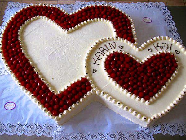 Unser Tortenbuch mit vielen weiteren Bildern von Hochzeitstorten ...